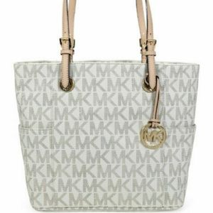 Michael Kors jet set bag